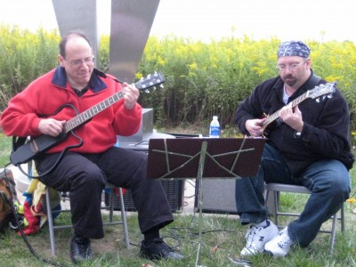 Mark Smart and Mark Ginsberg performing at the 2011 Meadowbrook Jazz Walk